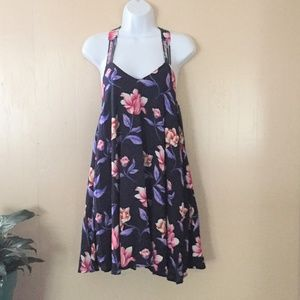 Aakaa T-Back summer floral dress NWT S